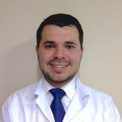 Kenneth Ernest Suárez, gastroenterologo.