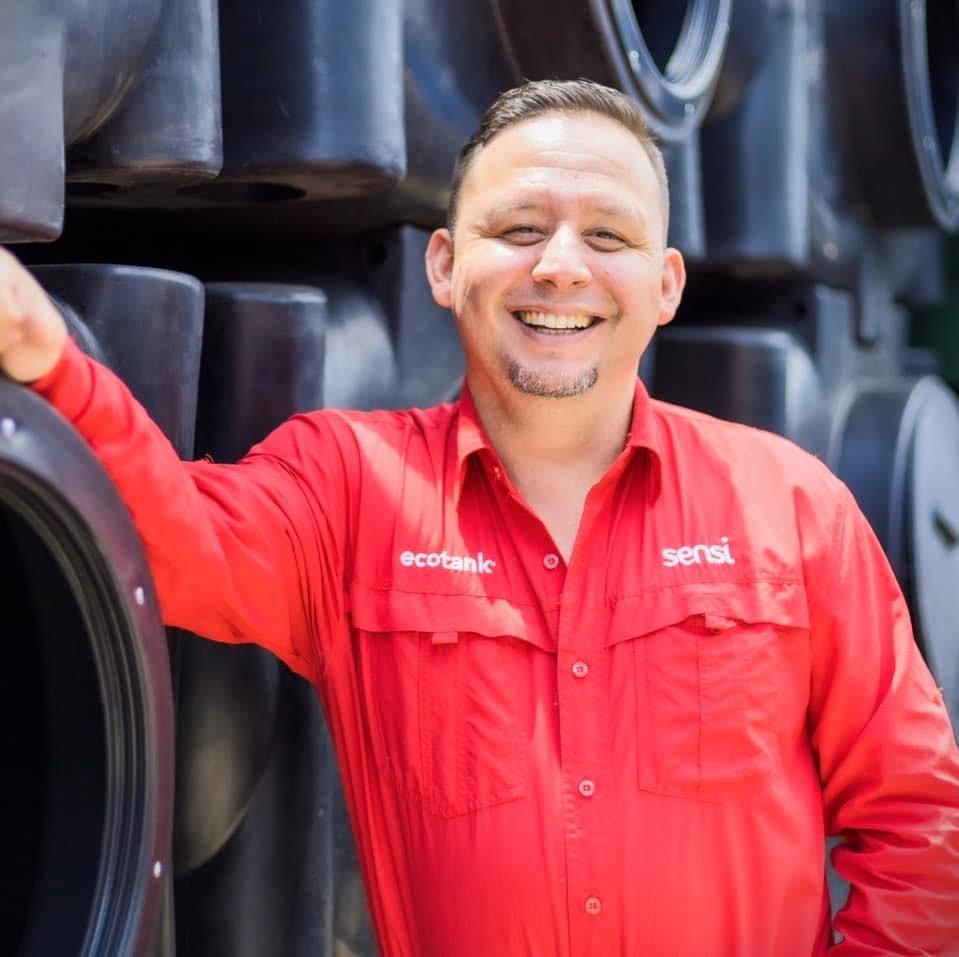 Deiby Soto, gerente de ventas de La Casa del Tanque.