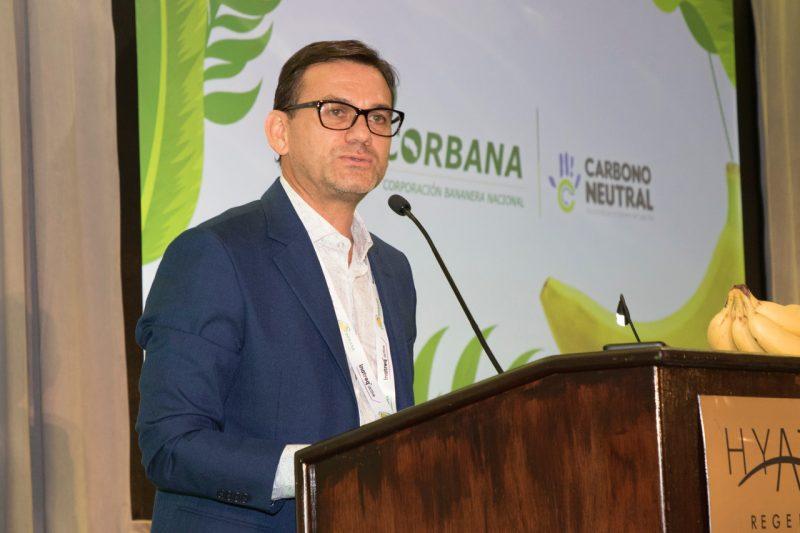 Mauricio Guzmán del Centro de Investigaciones de CORBANA.