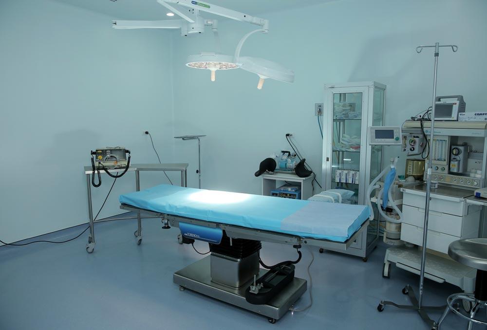 La oferta médica de la clínica evita el desplazamiento del paciente a San José.