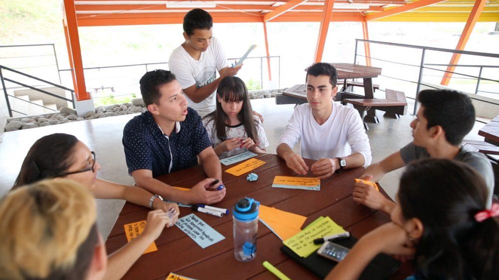 El programa promueve espacios de diálogo para el fortalecimiento de capacidades en resolución de conflictos y generación de procesos de participación social.