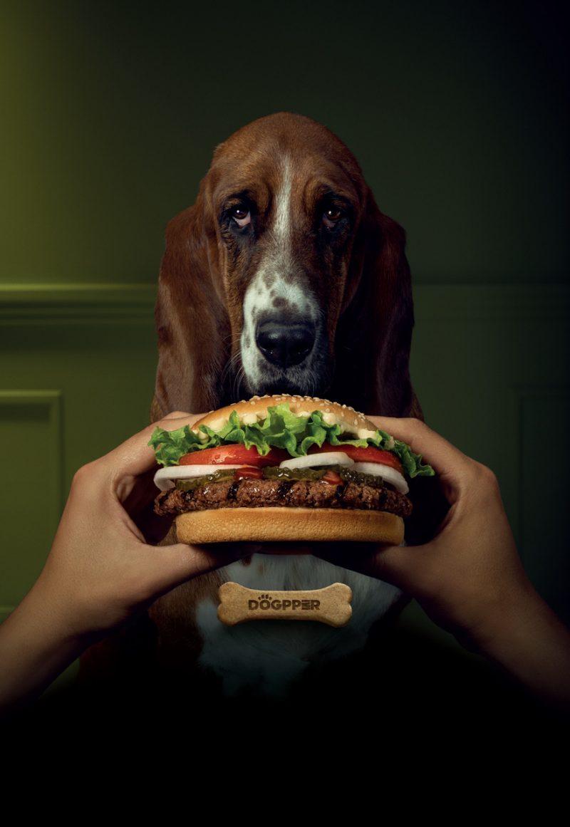 El Dogpper es fabricado por la marca Super Perro y tiene sabor a la parrilla. Se puede pedir por Uber Eats, la aplicación Burger King Costa Rica y por el Auto King.