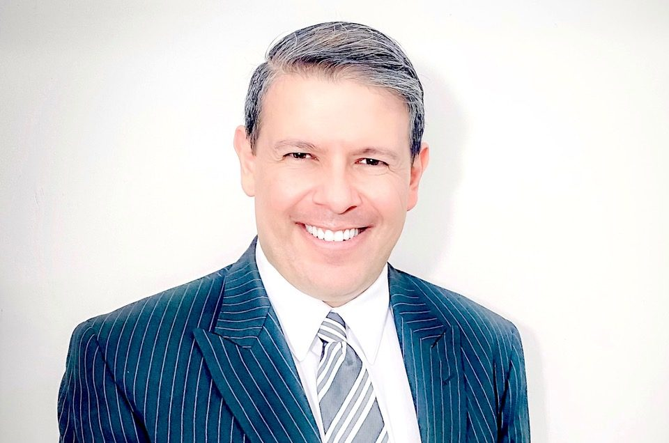 """El abogado Benjamín Gutiérrez explica: """"la deuda termina cuando se acaba el patrimonio que dejó la persona fallecida""""."""