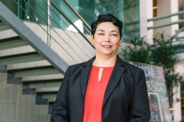 Marianela Núnez, nueva rectora, tiene una Maestría en Administración Educativa con Énfasis en Servicios Estudiantiles.