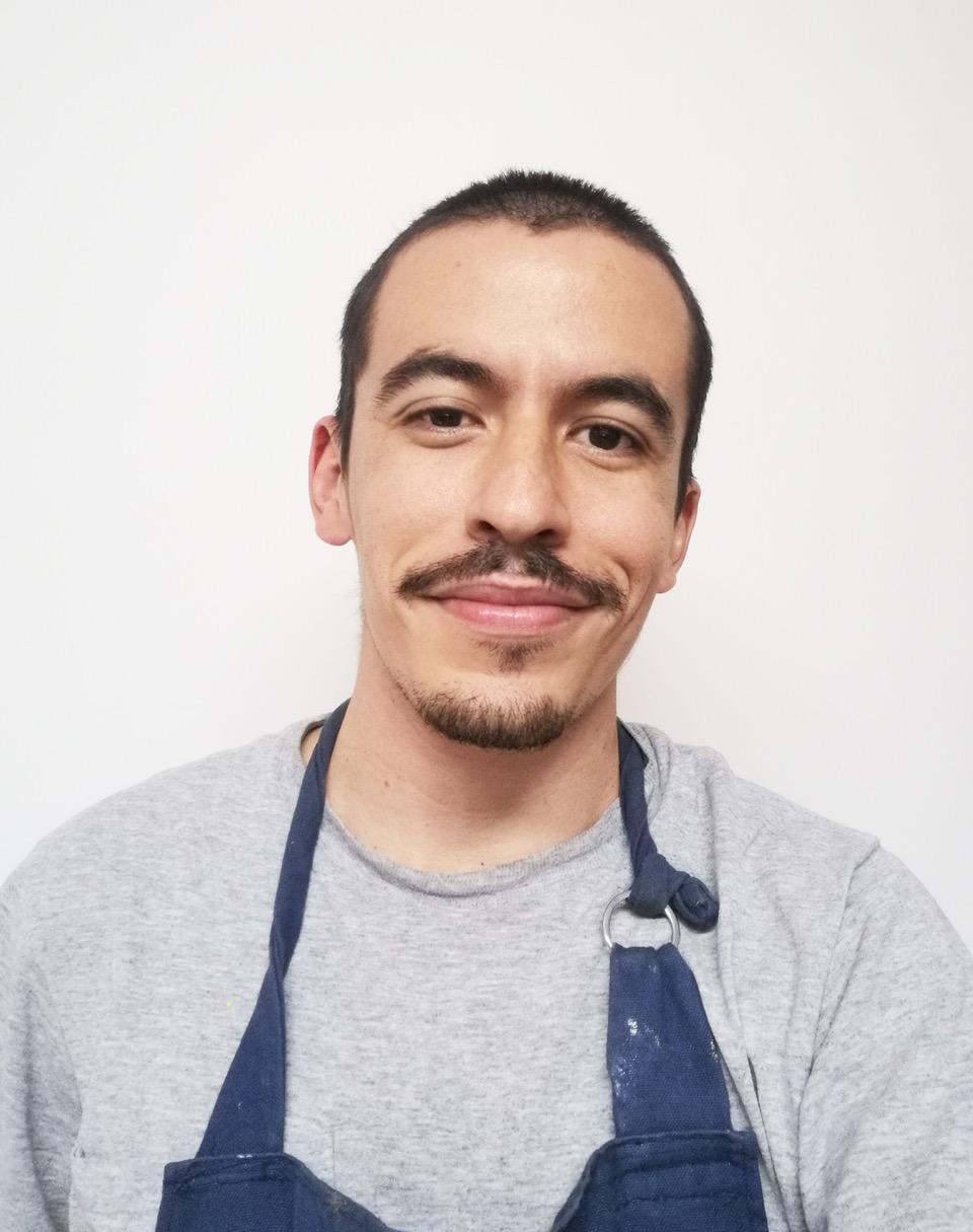 Andrés Murillo, músico y pintor de 29 años. Su obra destacó entre 120 propuestas recibidas.
