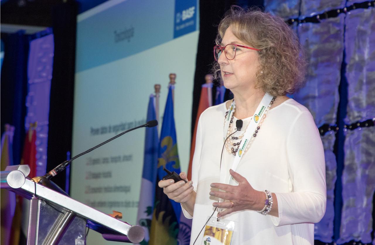 Doctora Silvia Bechara de la Empresa BASF.