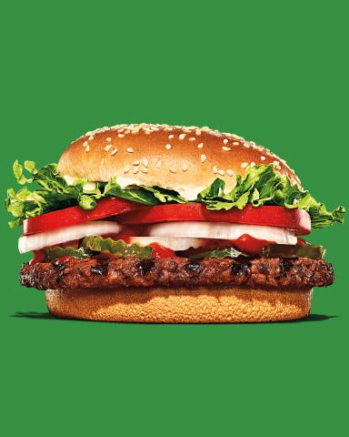 La Veggie Whopper sabe a carne ¡pero está hecha a base de plantas! Tiene todo el sabor y textura del delicioso Whopper Clásico.