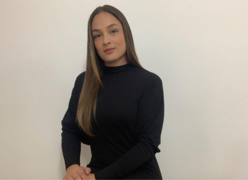 """Nicole Durán, Commercial Manager de Costa Rica, asegura: """"la herramienta lo que busca es hacer el marketing menos emocional y más científico, a través de la inteligencia artificial""""."""