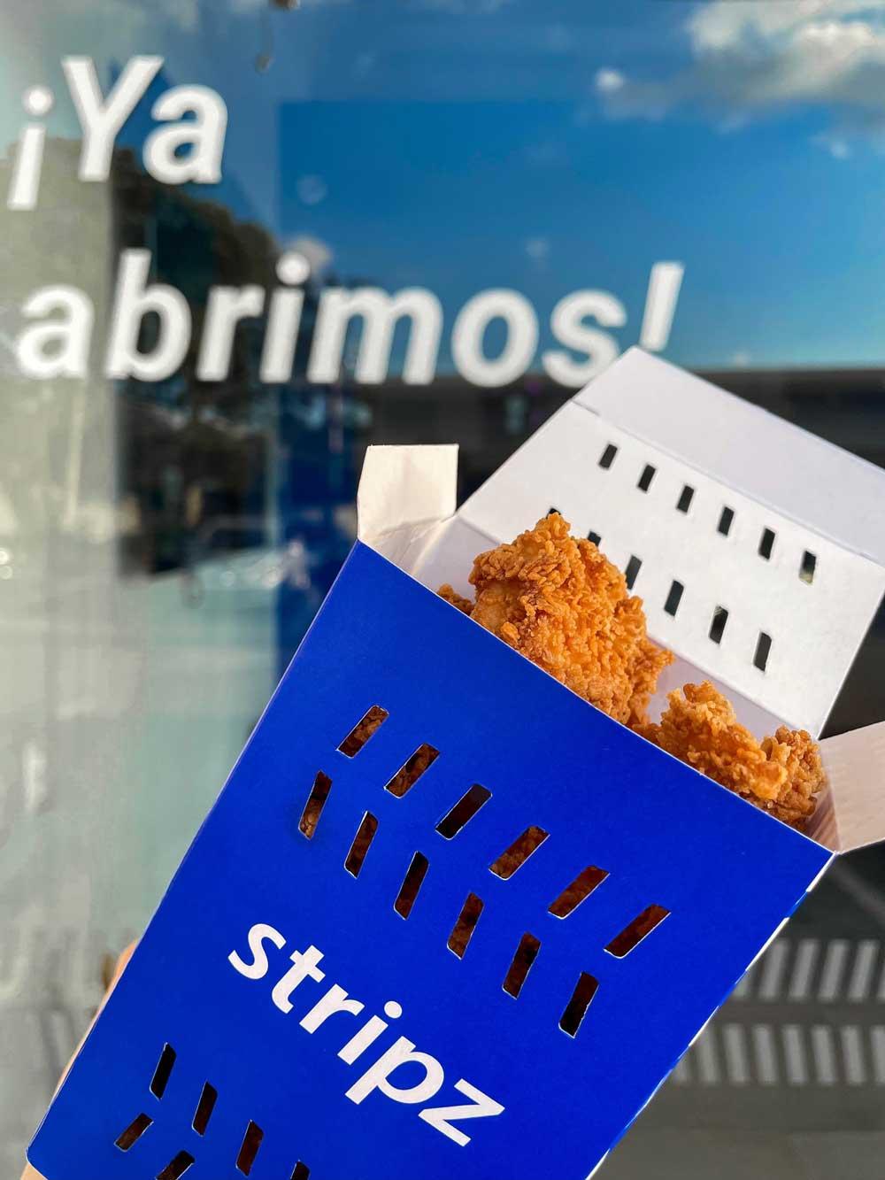 En su nuevo local, los visitantes encontrarán los afamados Stripz de pollo, sus crujientes papas fritas y extraordinarias salsas, y también dos propuestas nuevas.