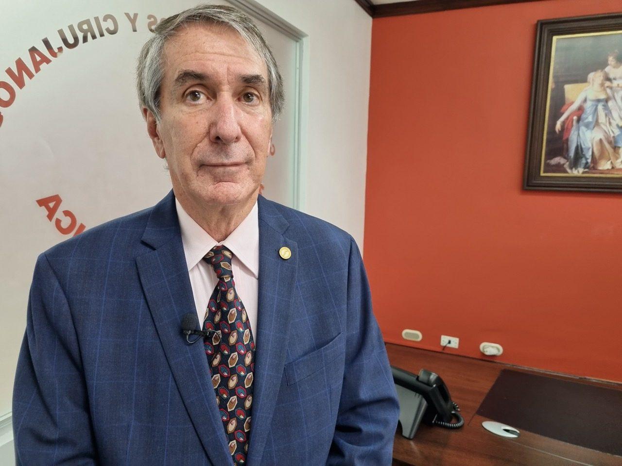 Dr. Mauricio Guardia Gutiérrez, presidente del Colegio de Médicos y Cirujanos de Costa Rica.