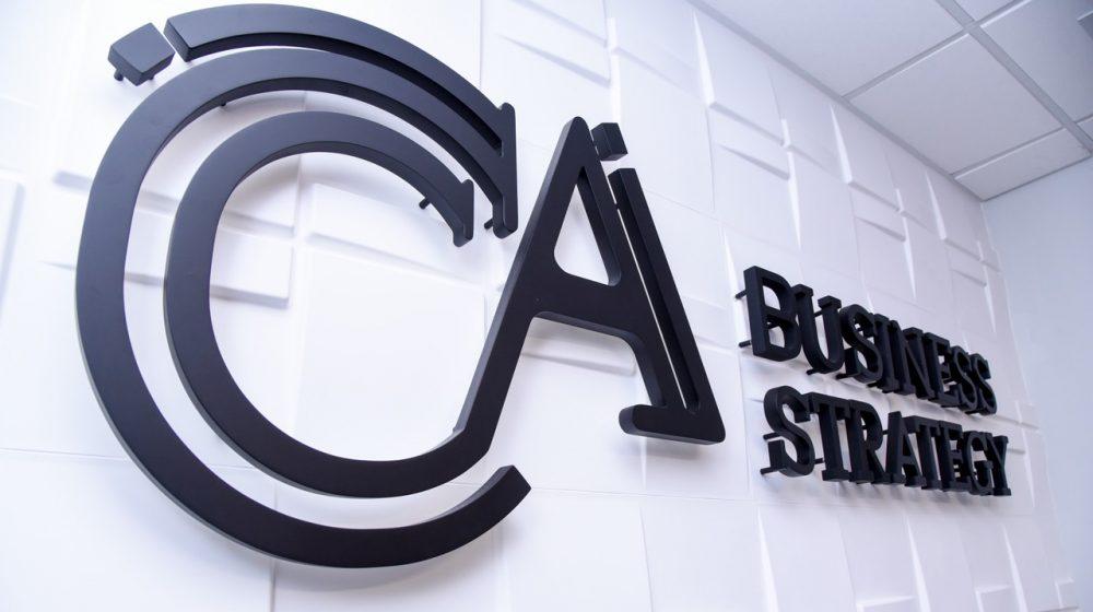 CCA Business Strategy es una firma especializada en asuntos corporativos y legales, fundada en 2013 por los abogados Federico Jenkins y Mariamalia Guillén.