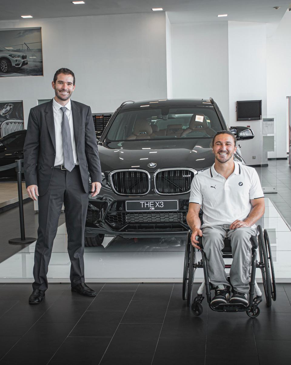 Alessandro Di Palma, gerente de mercadeo de BMW Costa Rica y José Pablo Gil, deportista herediano.